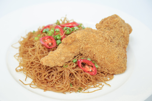 Bee Hoon with Chicken Wing